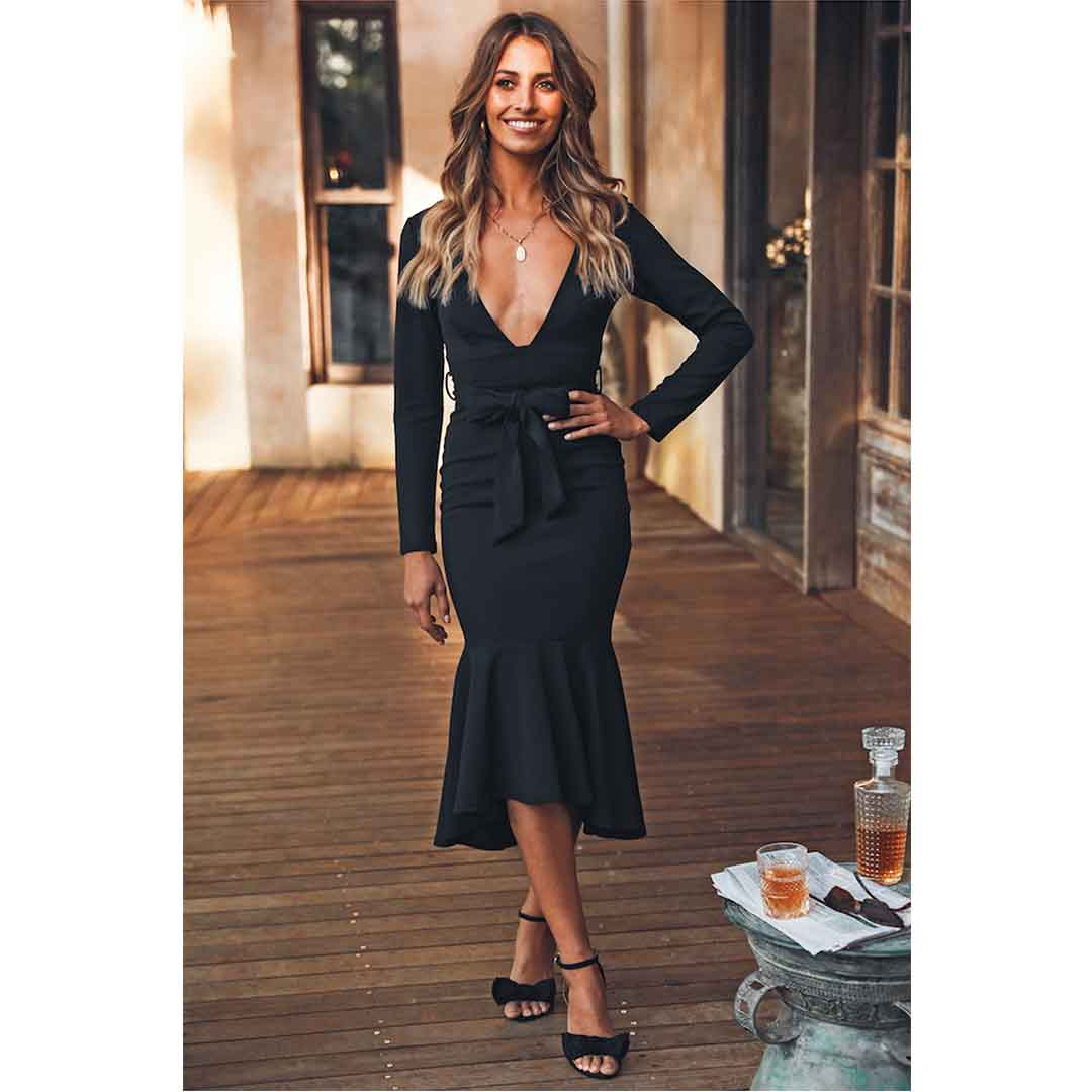 Black Long Sleeve Plunge Neck Mermaid Wedding Guest Dresses
